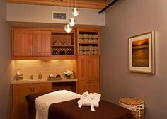Spa Treatment Room at the Samoset Resort