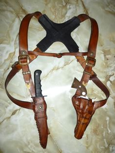 Hey, I found this really awesome Etsy listing at https://www.etsy.com/listing/157817326/leather-pistol-harness-uncharted