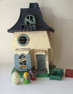1970s Original Weeble Wobble Haunted House
