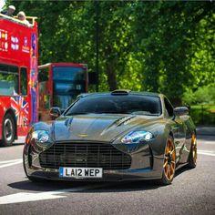 Stunning all carbon Aston Martin Classic Aston Martin, Aston Martin Dbs, Cars Land, Fancy Cars, Top Cars, Luxury Cars, Luxury Vehicle, Car Wheels, Sexy Cars