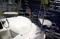 Custom-made stern rail seats for the MacGregor 26X. Description from dowsar.com. I searched for this on bing.com/images