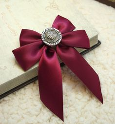Vintage Solid Color Button and Bowknot Embellished Brooch For Women and Men