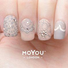 Lace & Rhinestones. MoYou London Fashionista #17. Nail art stamping http://hubz.info/66/elegant-white-wedding-cakes-ideas