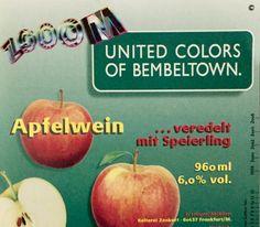 """ZOOOM """"United Colors of Bembeltown"""" Apfelwein - Limited Edition von 1998 by Bembeltown Design and more www.Bembeltown.de #Frankfurt #FrankfurtamMain #Bembeltown #Apfelwein #Ebbelwoi #Bembel #Geripptes #Spezialitäten #Speierling #Hessen #Geschenke #visitFrankfurt #BembelDesign #Schoppe #LimitedEdition #UnitedColors #Design #Cider #CraftCider #Couture #HauteCouture #Schreiter #JürgenSchreiter"""