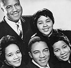 The Staple Singers -- 1999 Inductees, Rock 'n' Roll Hall of Fame