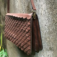 Leather Circle slingbag