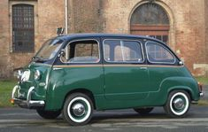 Fiat 600 Multipla and Italy's memories - Italian Ways Fiat 600, Funny Looking Cars, Good Looking Cars, Vespa, Automobile, Microcar, Fiat Cars, Fiat Abarth, Grand Caravan