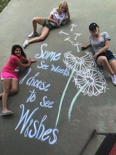 Chalk Drawings, Cute Drawings, Chalk Photos, Chalk Design, Sidewalk Chalk Art, Chalk It Up, Chalkboard Art, Installation Art, Cute Art