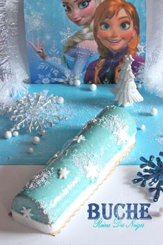 Raspberry bavaroise snowy and lemon creamy log - DIY Christmas Cookies Christmas Cookies, Christmas Diy, Frozen Birthday, Birthday Cake, Disney Princess Dresses, Yule Log, Elsa Frozen, Princess Party, Happy Day