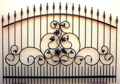 Recinzione Ferro Battuto Wrought Iron Fence Clôture en fer forgé Zäune Valla in Ogród i Taras, Ogrodzenia ogrodowe i parawany, Bramy i furtki ogrodowe Iron Stair Railing, Metal Railings, Wrought Iron Beds, Wrought Iron Fences, Gate Images, Privacy Fence Designs, House Gate Design, Metal Gates, Steel Fence