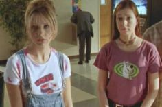 Buffy The Vampire Slayer. Best Friends, Willow and Buffy.