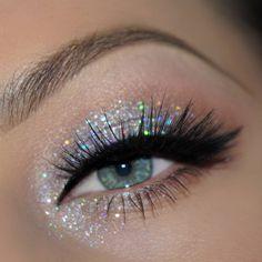 Glitter Eyeshadow Palette Boots Its Best Glitter Glue Makeup - Glitter Eyeshadow . Glitter Eyeshadow Palette Boots Its Best Glitter Glue Makeup - Glitter Eyeshadow . Glitter Eyeshadow Palette Boots Its Best Glitter Glue Makeup - Glitter Eyeshadow . Makeup Hooded Eyes, Skin Makeup, Eyeshadow Makeup, Eyeliner, Eyeshadows, Grunge Eye Makeup, Colourpop Eyeshadow, Eyeshadow Ideas, Eye Makeup Art
