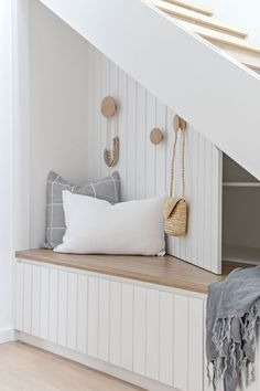Stairs in entryway design with storage. Love the white headboard & pale wood tone & hook placement. So fun & unexpected! Modern Interior, Home Interior Design, Kitchen Interior, Home And Living, Home And Family, Coastal Living Rooms, Entry Hallway, Hallway Ideas, Entry Way Design