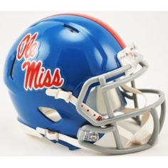 Nothing like the #WalkofChampions thru #TheGrove at Ole Miss on a beautiful, fall Saturday! #RebelNation #OleMiss http://ss1.us/a/d4H3OTB9