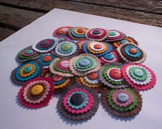 Felt circles with buttons.  Very pretty