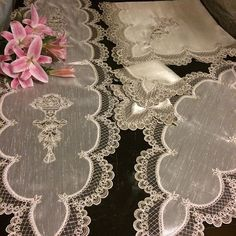 This Pin was discovered by Fat Lace Beadwork, Romanian Lace, Sewing Art, Cutwork, French Lace, Table Linens, Embroidery Applique, Doilies, Table Runners