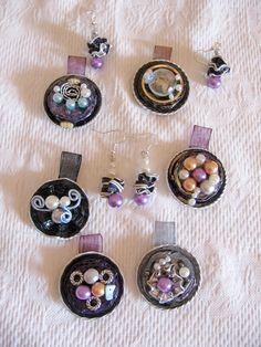 Ciondoli e orecchini viola e grigi - fatti con capsule Nespresso