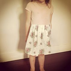 girls dress from a too small t-shirt and a vintage pillow case www.facebook.com/GiftClubApp