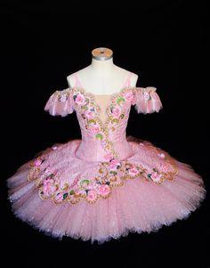 Sleeping Beauty act l. Aurora's tutu. '15/05 Yuki Fujihira