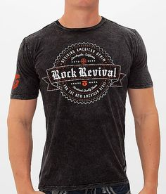 Rock Revival Banner & Seal T-Shirt - Men's T-Shirts in Black Mineral Wash T Shirt Art, Stylish Mens Fashion, Stylish Man, Rock Style Men, Well Dressed Men, Casual T Shirts, Shirt Outfit, Shirt Designs, Rock Revival