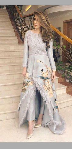 #WomendressesTips;Sweaters Beautiful Pakistani Dresses, Pakistani Dress Design, Indian Dresses, Indian Outfits, Designer Party Wear Dresses, Indian Designer Outfits, Fashion Dresses, Dress Outfits, Fashion Coat