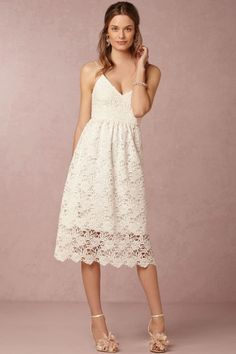 A-line Spaghetti Straps Tea-length Lace Fabric Elegant Bridesmaid Dresses With Hallow Out Style br50644