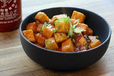 Delicious General Tso's Tofu. Vegan and delicious ! Replace Tofu with cubed chicken. Tofu Recipes, Asian Recipes, Whole Food Recipes, Vegetarian Recipes, Cooking Recipes, Healthy Recipes, Sauce Recipes, Tofu Dishes, Gourmet