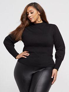 Nora Lantern Sleeve Sweater - Fashion To Figure Plus Size Fashion For Women, Black Women Fashion, Curvy Outfits, Sexy Outfits, Night Out Outfit Clubwear, Erica Lauren, Plus Size Inspiration, Fashion To Figure, Big Girl Fashion