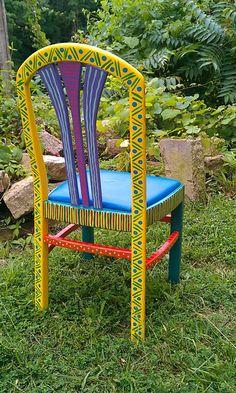 Peint à la main meubles chaise coloré fou dos jaune par LisaFrick