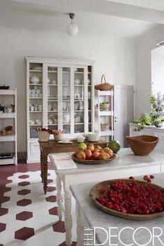 """georgianadesign: """"Carlo Pallavicino's Tuscan estate. Interior designer Ilaria Miani. Jean-Francois Jaussaud photo in Elle Decor. """""""