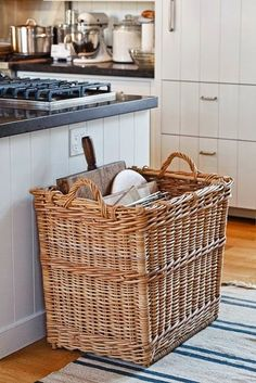 Large basket for trays, baking racks, and cutting boards Ina Garten shares her tips for a highly functional and organized kitchen. Kitchen Organization, Kitchen Storage, Kitchen Decor, Kitchen Ideas, Barn Kitchen, Organized Kitchen, Country Kitchen, Baking Storage, Kitchen Baskets