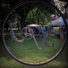 Old bicycle parts, recycled and made into art. Love! Made by Alberto De Ciccio in Toronto, Canada. :)