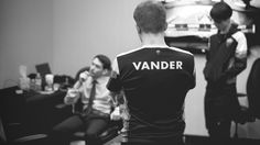 """Vander: """"H2K signed Febiven which opened the possibility to import a Korean botlane. Forgiven did not join and in the end H2K decided to bring the Korean botlane. I think this move can work for them really well I am super curious"""" http://as.com/esports/2017/01/06/league_of_legends/1483666666_008398.html #games #LeagueOfLegends #esports #lol #riot #Worlds #gaming"""