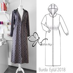 Dungarees and overalls are a God send for September. Team yours with a long-sleeved Breton top on chillier days or a loose cotton blouse when it's a little muggy out. Abaya Fashion, Modest Fashion, Gamis Simple, Hijab Simple, Sewing Collars, Dress Illustration, Women's Flares, Dress Drawing, Lace Embroidery