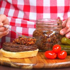 Pump up the jam with bacon jam