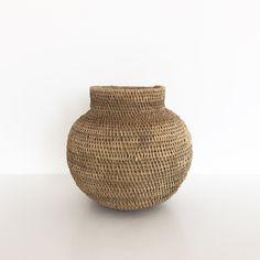 Buhera basket | African calabash | Ethnic vase | Fair trade | Zimbabwe | Tonga basket | Buhera calabash | Ethnic decor | Boho home decor by houseofcshop on Etsy https://www.etsy.com/listing/505826701/buhera-basket-african-calabash-ethnic