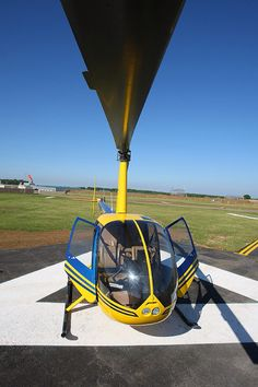 R44 from Silverstone Heliport 01327 857752