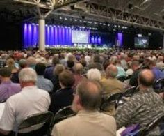 Pastores esperam revitalizar igrejas em declínio