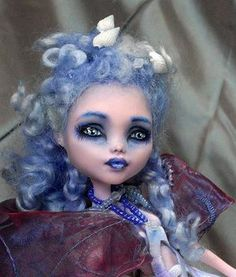 The Wisteria Lady monster high by Leggende Segrete
