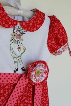 I adore this embroidery by Sarah Jane Studios.