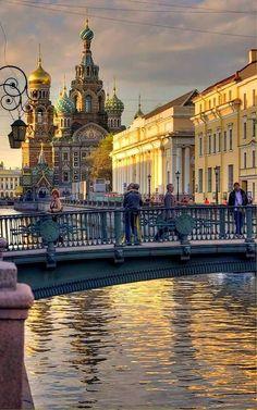 Dusk in Saint Petersburg, Russia.