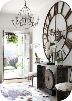 shabby chic interior - clock*** - chic decor room chic design and decoration interior design de casas design Shabby Chic Interiors, Shabby Chic Homes, Hill Interiors, Cottage Interiors, Tall Wall Decor, Decor For Large Wall, Iron Wall Decor, Sweet Home, Foyer Decorating