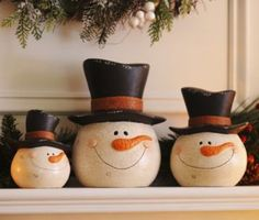 Terracotta Snowmen Statue, Set of 3 Frosty The Snowmen, Cute Snowman, Snowman Crafts, Build A Snowman, Christmas Snowman, Christmas Holidays, Christmas Stuff, Christmas Ideas, Indoor Christmas Decorations