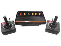 9e6bf3f4f89 Console Atari Flashback 7 com 2 Joysticks - 101 Jogos na Memória Tectoy com  as melhores