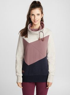 Twik exclusive Make way for casual, urban style with this tricolour sweatshirt! Adjustable drawstring tunnel collar Stretch jersey with ultra cozy and soft fleece lining Ribbed edging The model is wearing size small Colour Block, Color Blocking, Fashion Design Inspiration, Women's Sweatshirts, Hoodies, Online Shopping Canada, How To Double A Recipe, Healthy Summer, Store Design
