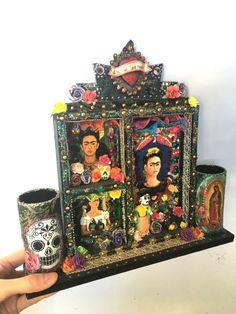 Santuario de madera mexicana shadowbox / sagrado por TheVirginRose