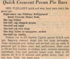 pecan bars with crescent rolls Crescent Rolls, Crescent Roll Recipes, Retro Recipes, Old Recipes, Vintage Recipes, Easy Recipes, Pecan Bars, Pecan Recipes, Recipes