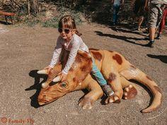 Dinosaurierpark Teufelsschlucht.1,5 Km. Rundgang - 620 Millionen Jahre Elephant, Tricks, Animals, Outdoor, Vacation Travel, Outdoors, Animales, Animaux, Elephants