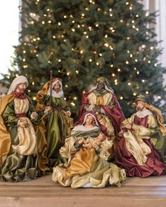 15 Christmas Nativity Sets Design Ideas for This Year Christmas Nativity Set, Christmas Jesus, Christmas Card Crafts, Christmas Baby, Vintage Christmas, Christmas Decorations, Christmas Arrangements, Christmas Printables, Outdoor Nativity Scene