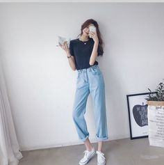 Korean Casual Outfits, Cute Casual Outfits, Simple Outfits, Pretty Outfits, Korean Fashion Trends, Korean Street Fashion, Korea Fashion, Teen Fashion Outfits, Casual Asian Fashion